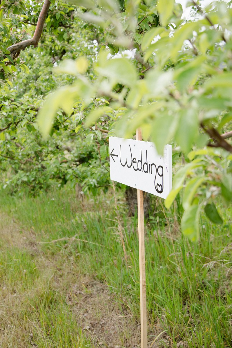 Private Orchard Kelowna Wedding (10)