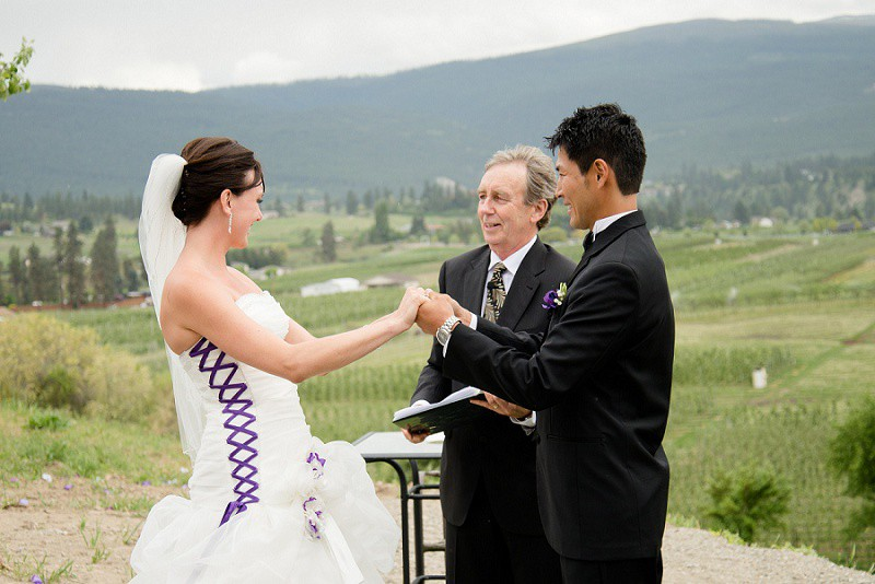 Private Orchard Kelowna Wedding (15)